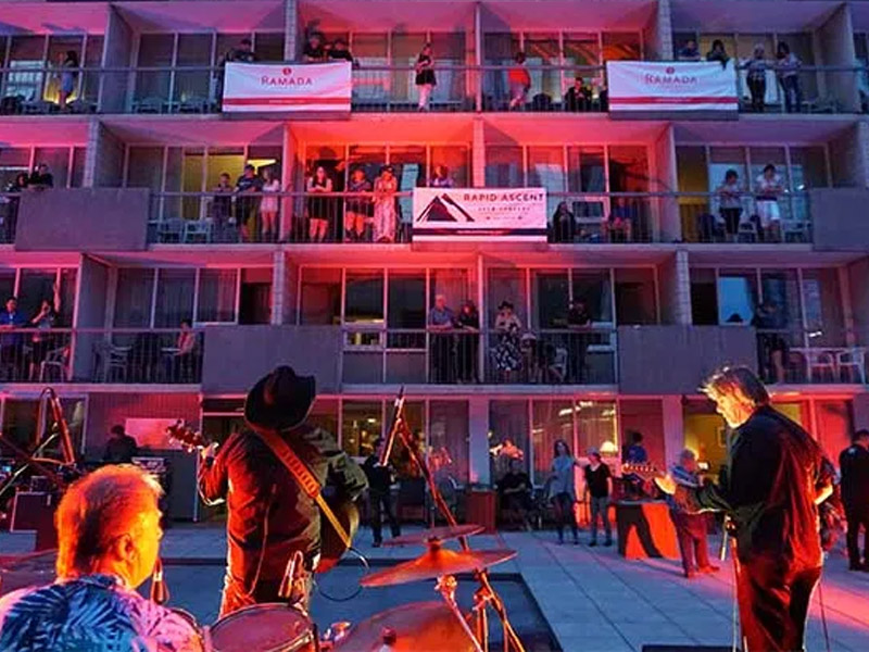 A photo from a Hotels Live concert